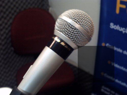 3358831446_9d3a997bd2_itunes-podcast