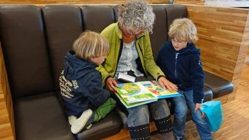 reading books with kids