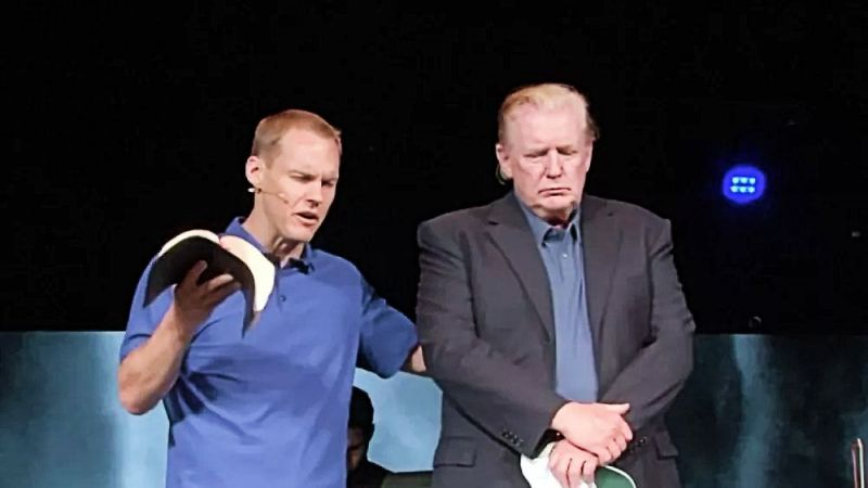 Pastor David Platt prays for President Donald Trump